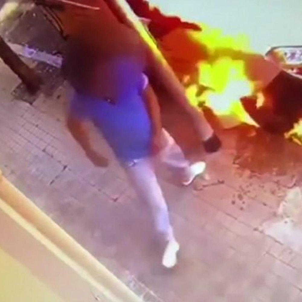 Bruciato il furgone per aver lasciato una recensione negativa al locale